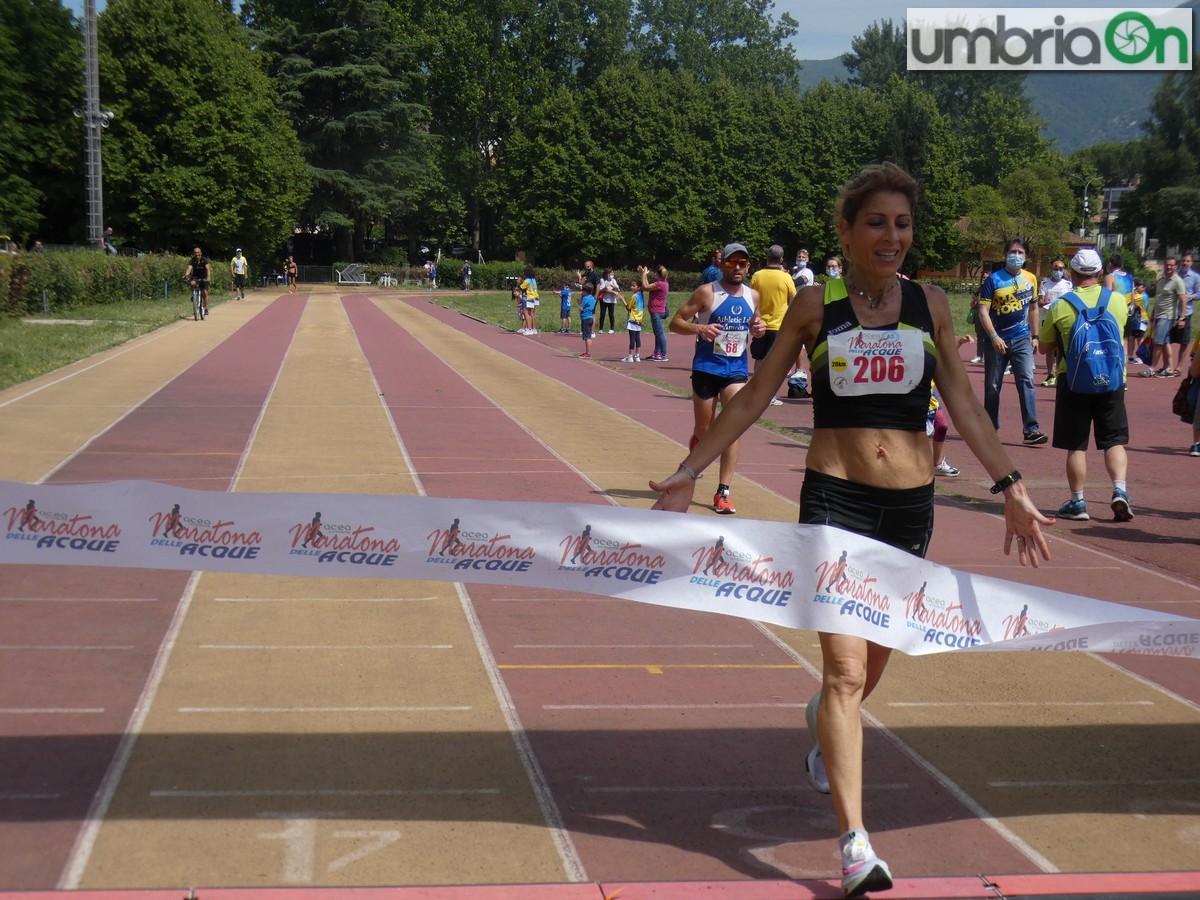 Maratona-acque-2021P1360960-vincitrice454