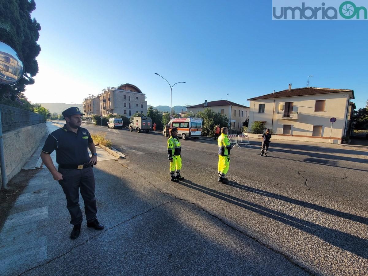 Ordigno-bomba-via-Piermatti-evacuazione-Terni-29-agosto-2021-4