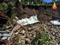 Crollo-muro-giardino-pensile-palazzo-Bufalini-Spoleto-8-luglio-2017-8