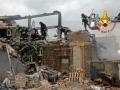 Vigili-del-fuoco-esplosione-Gubbio-df44