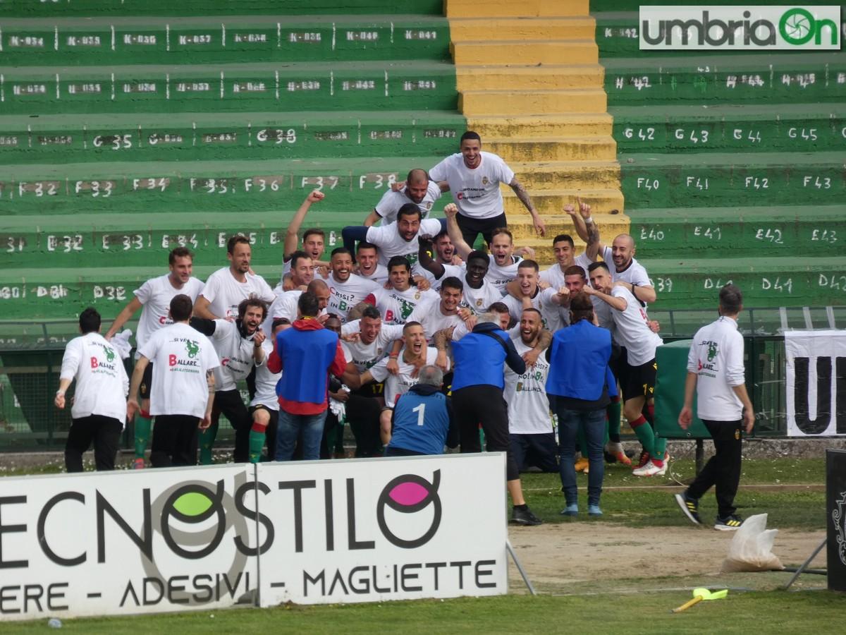 Ternana-festa-promozione-rossoverde-Fere-Avellino-Lucarellid-fdf4545