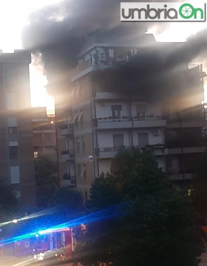 incendio-via-filangieri-Cadeto-45454