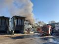Incendio-impianto-stoccaggio-selezione-rifiuti-Asm-Maratta-15-aprile-2020-3
