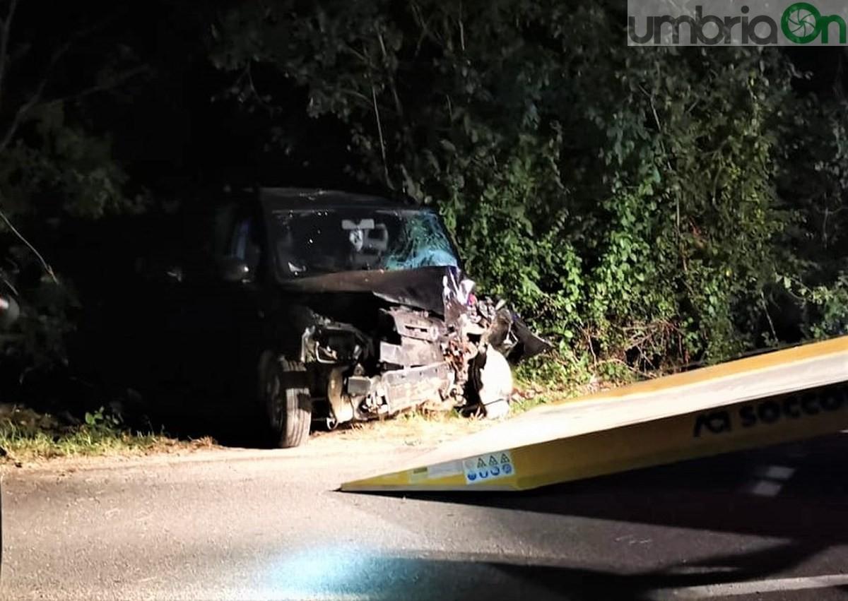 Incidente-mortale-Acquasparta-auto-cinghiale-18-settembre-2020-5