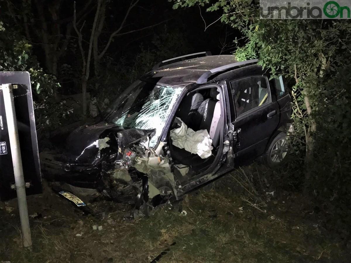 Incidente-mortale-Acquasparta-auto-cinghiale-18-settembre-2020-7