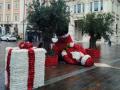 babbo-Natale-Terni-vento-piazza-maltempo