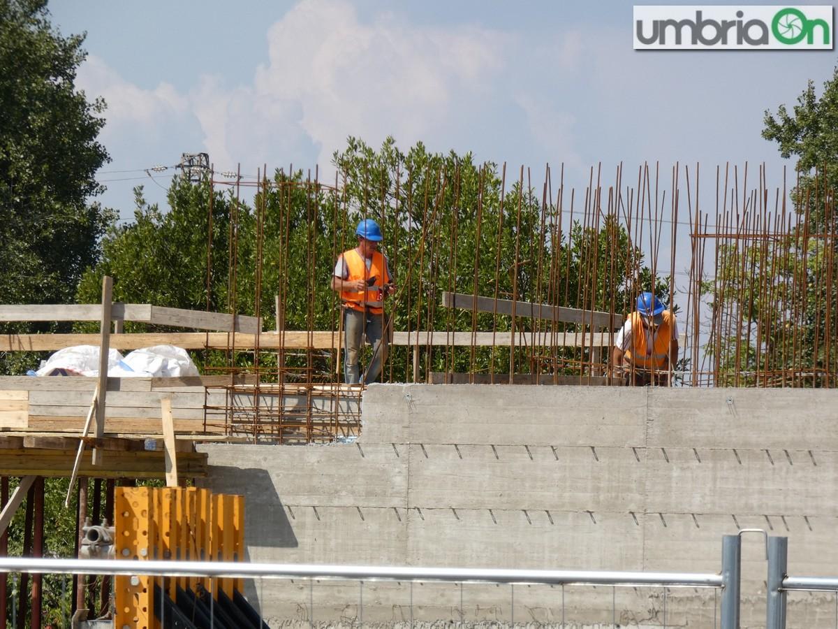 palasport-palaTerni-cantiere4545-lavoratori-sicurezza