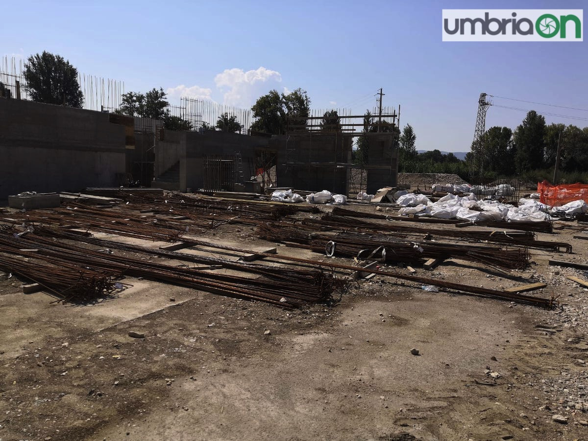 terni-cantiere-palasport-visita-malagò-24
