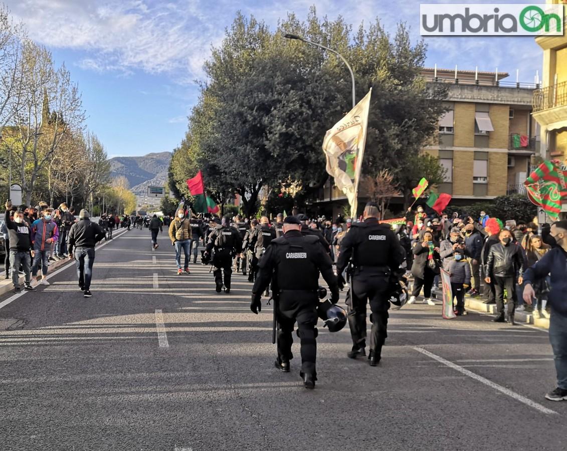 Ternana-forze-ordine-polizia-festa-stadio-tifosi-Cavese-4