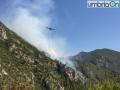 Canadair-rocca-san-Zenone-Terni-incendio-valserra-3