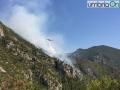 Canadair-rocca-san-Zenone-Terni-incendio-valserra