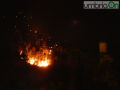 incendio-rocca-san-zenone-notte-notturno-20170809222600-FILEminimizer