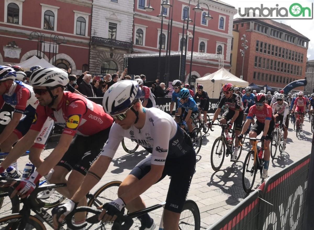 Tirreno-Adriatico-partenza-Terni-13-marzo