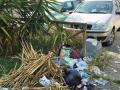Rifiuti, degrado, sporcizia giardini pubblici via Monterotondo, Terni - 6 maggio 2017 (3)