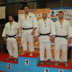 Judo, successo per 'Yamashita Giano'