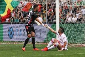 Alberto Brignoli nel derby del 19 aprile 2015
