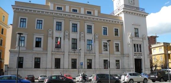 Nuove imprese Umbria Giù Perugia, sale Terni