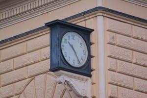 L'orologio della stazione di Bologna