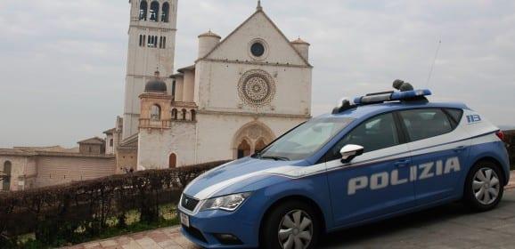 Assisi, avvocato latitante 'scovato' dalla polizia in un albergo