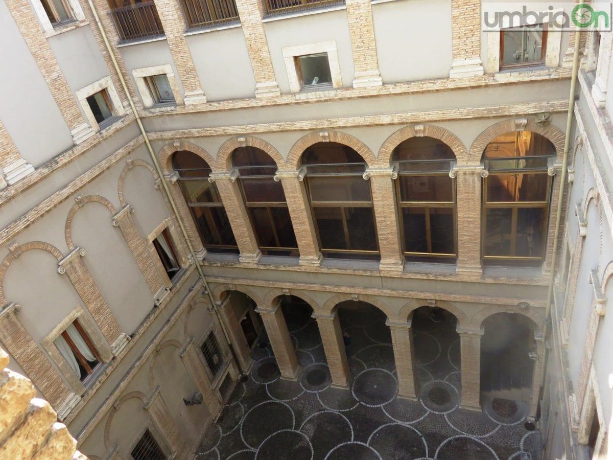 Terni giunta in pausa anna amati aspetta umbriaon for Palazzo 24