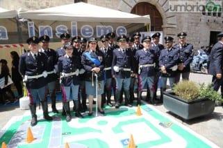 La festa della polizia vista da Mirimao