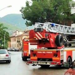 Maltempo in Umbria, allagamenti e piante cadute nel perugino