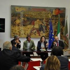 Caso Ferrucci: «Giunta respinga dimissioni»