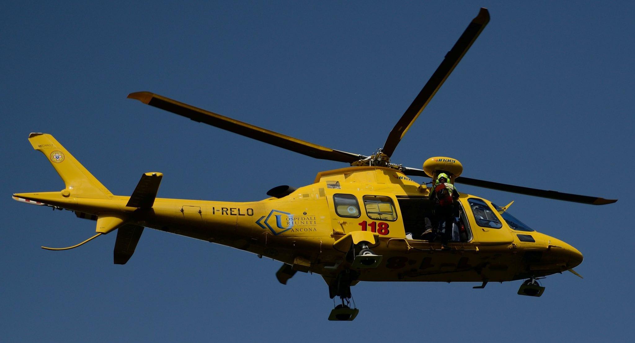 Elicottero 118 : Dalla sicilia ad alghero elisoccorso notturno per il capo del