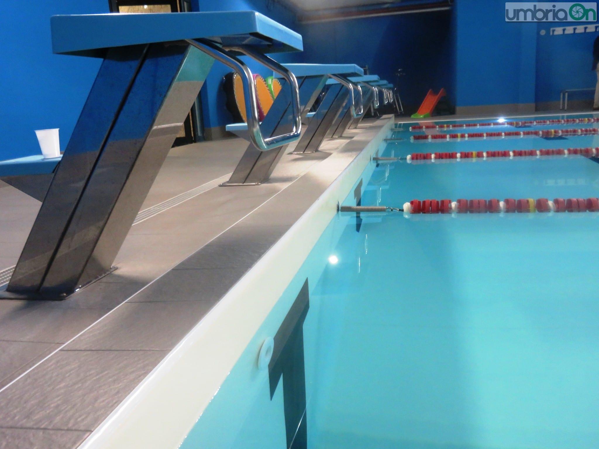 Terni campitello look nuovo per la piscina umbriaon - Piscina campitello terni ...