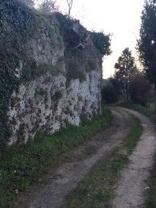 Tratto di strada originale a Marmore percorsa da Leonardo a cavallo