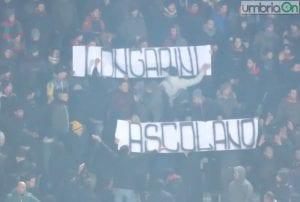 Il messaggio per Simone Longarini nel match contro l'Ascoli