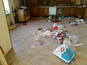 La casa distrutta dal terremoto