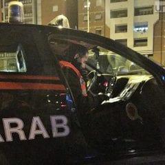 Frontale tra due auto, una è dei carabinieri