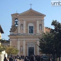 San Valentino, basilica 'teatro' per tre giorni