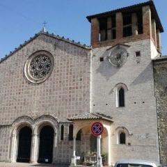 Monteluce di Perugia, perde pezzi la chiesa