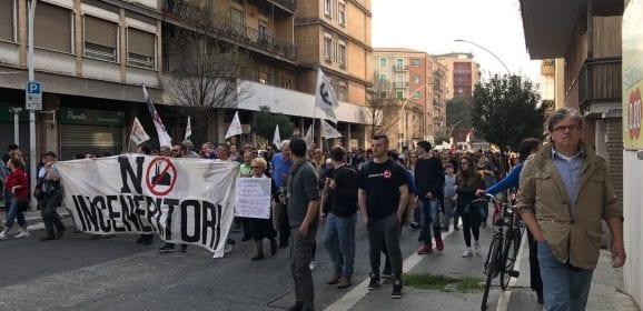 Terni, inceneritori: cittadini in piazza