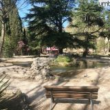 Terni, palpeggiata al parco mentre legge un libro sulla panchina: condannato un 87enne