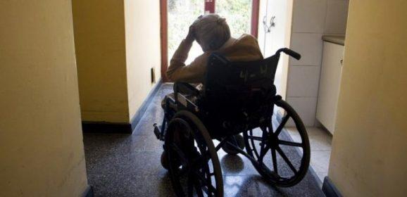 Terni, casa per anziani: spuntano le violenze