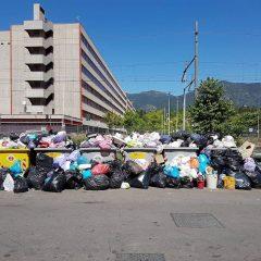Emergenza-rifiuti, Terni sotto assedio