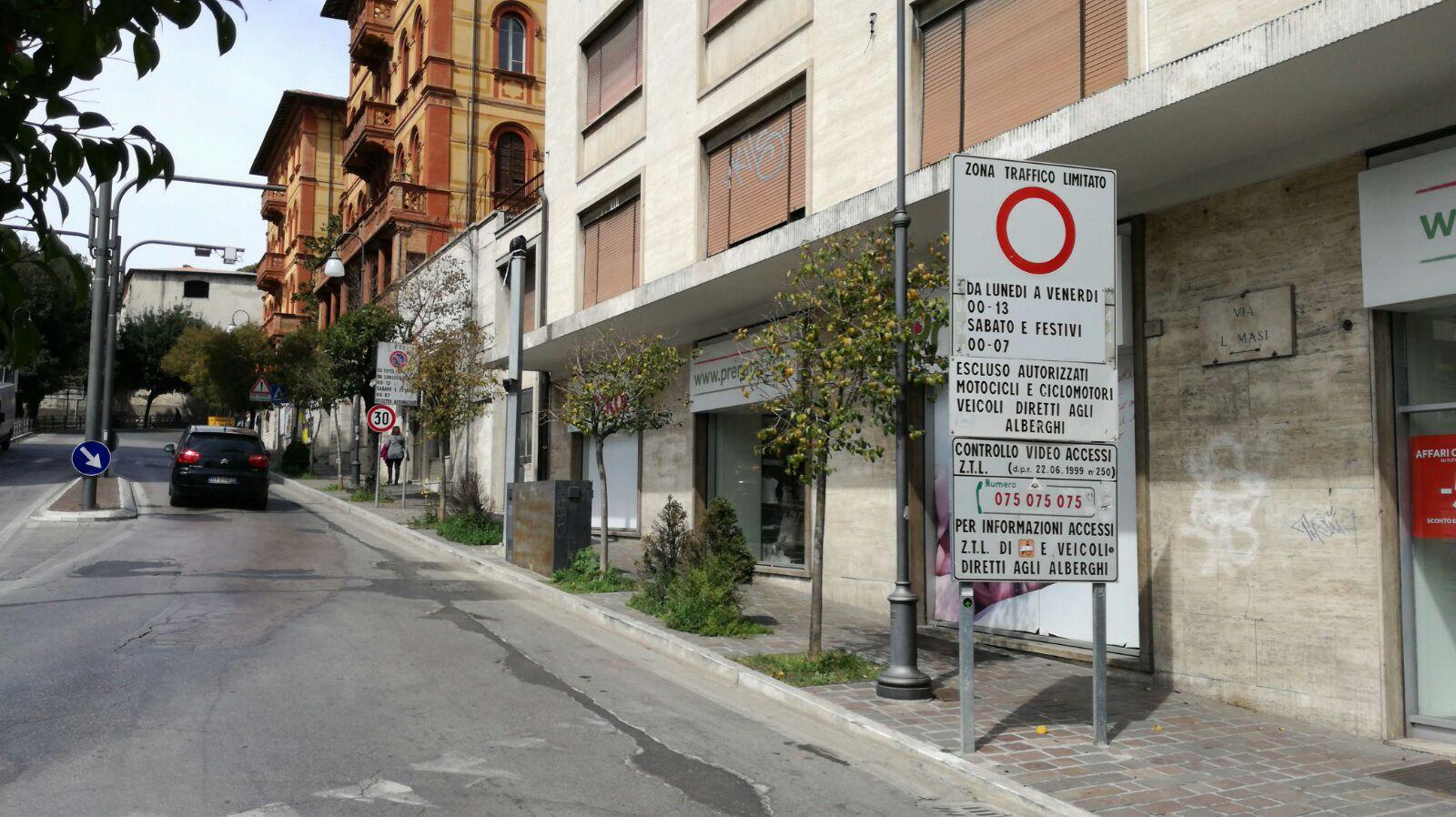 Ufficio Ztl Perugia : Ztl perugia i permessi si rinnovano in rete umbriaon