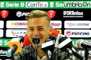 Ricci sorride in conferenza