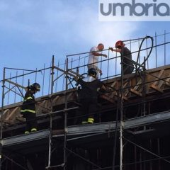 Terni, 'Cospea due': fiamme nel cantiere