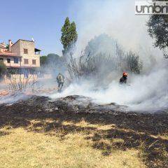 Incendio a Terni, scatta l'intervento