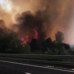Terni: «Il nostro incubo nell'incendio sulla A1»