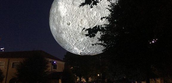 La luna scende al Caos per il 'Terni Festival'