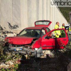Auto fuori strada, ferito un uomo a Terni