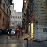 Edificio perde pezzi: paura a Perugia