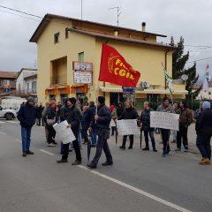 Nardi, nuovo sciopero: sit-in per strada