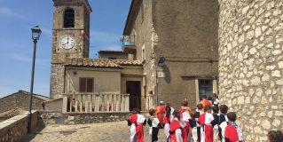 Alviano, visite guidate al «Castello da favola»