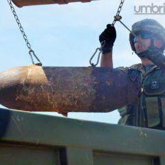 Terni, bomba a Cesi: le foto della giornata